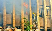 Fire at block of flats on Jeppe & Nugget in Johannesburg CBD.