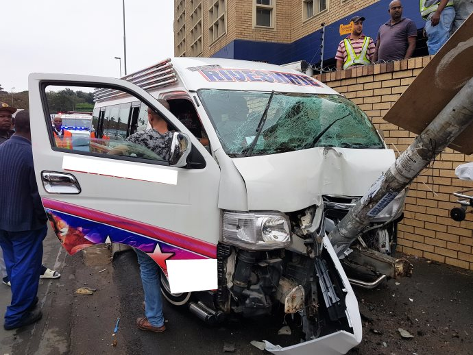 15 injured in Clairwood taxi crash