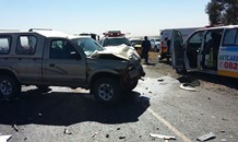 Two killed, 3 injured in collision on the R25 near the M30 in Welbekend, Gauteng.