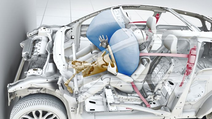 What are the most important things drivers and passengers should know about airbags then?