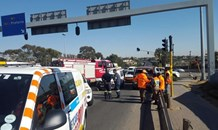 9 Injured in collision on the M1 near Grayston drive in Johannesburg.