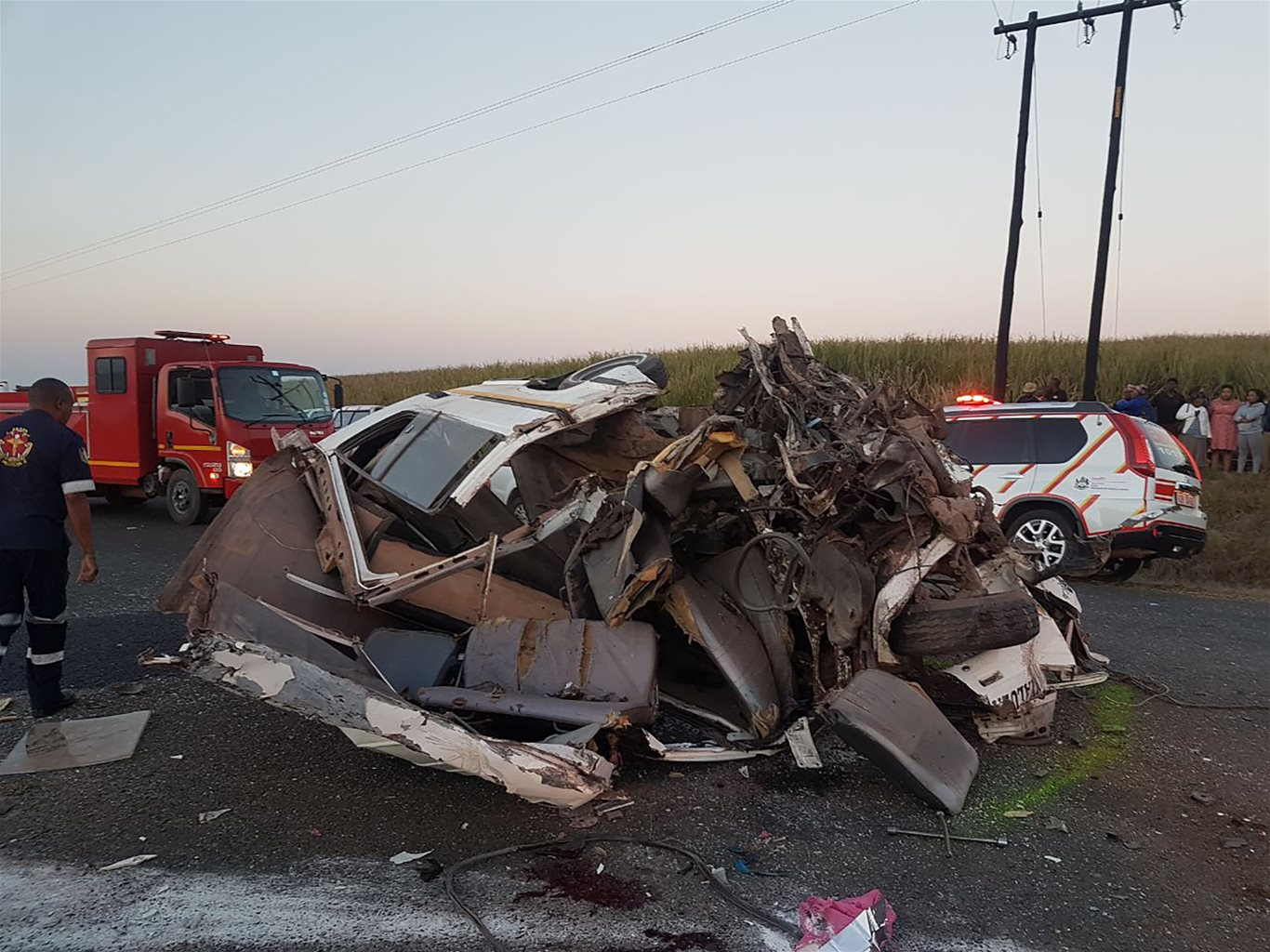 six killed seven critical in head on taxi collision near dalton in kzn. Black Bedroom Furniture Sets. Home Design Ideas
