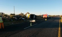 Two killed and one critical after collision on the N14 near Upington