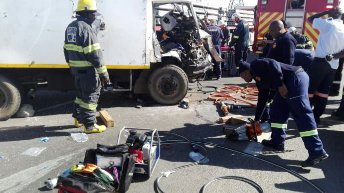 Midrand: Man airlifted following crash involving two trucks on the M39