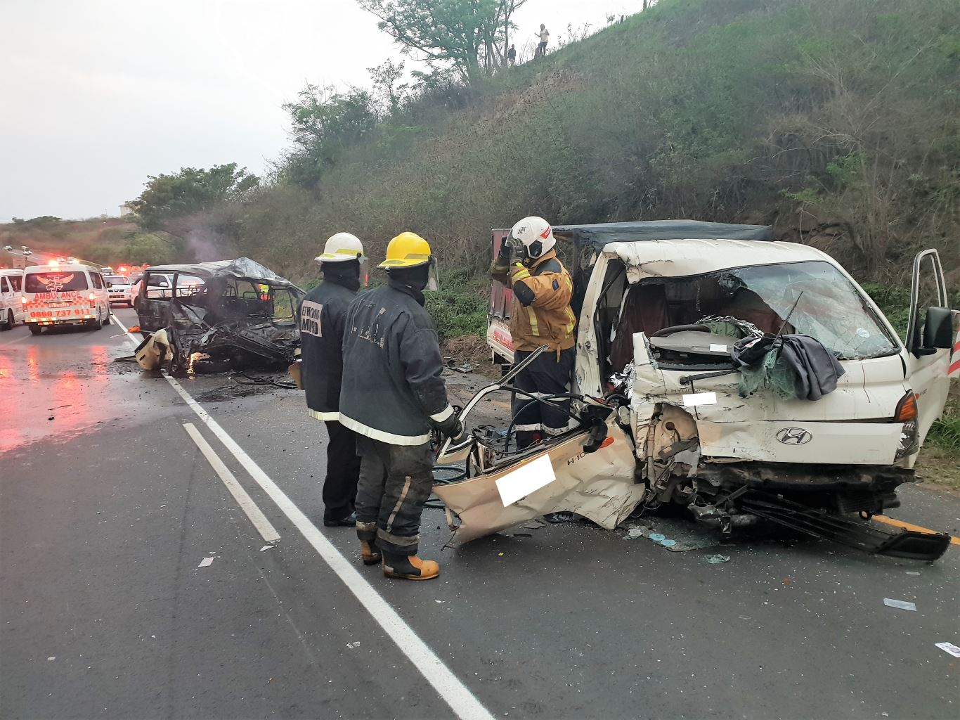 1 Killed 4 injured in head-on crash on the M1 Higginson Highway