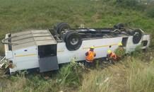 Scene of bus rollover off the R603 in Umbumbulu in KwaZulu Natal.