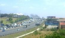Heavy traffic delays due to burning car, N1 South near Allandale off-ramp in Midrand