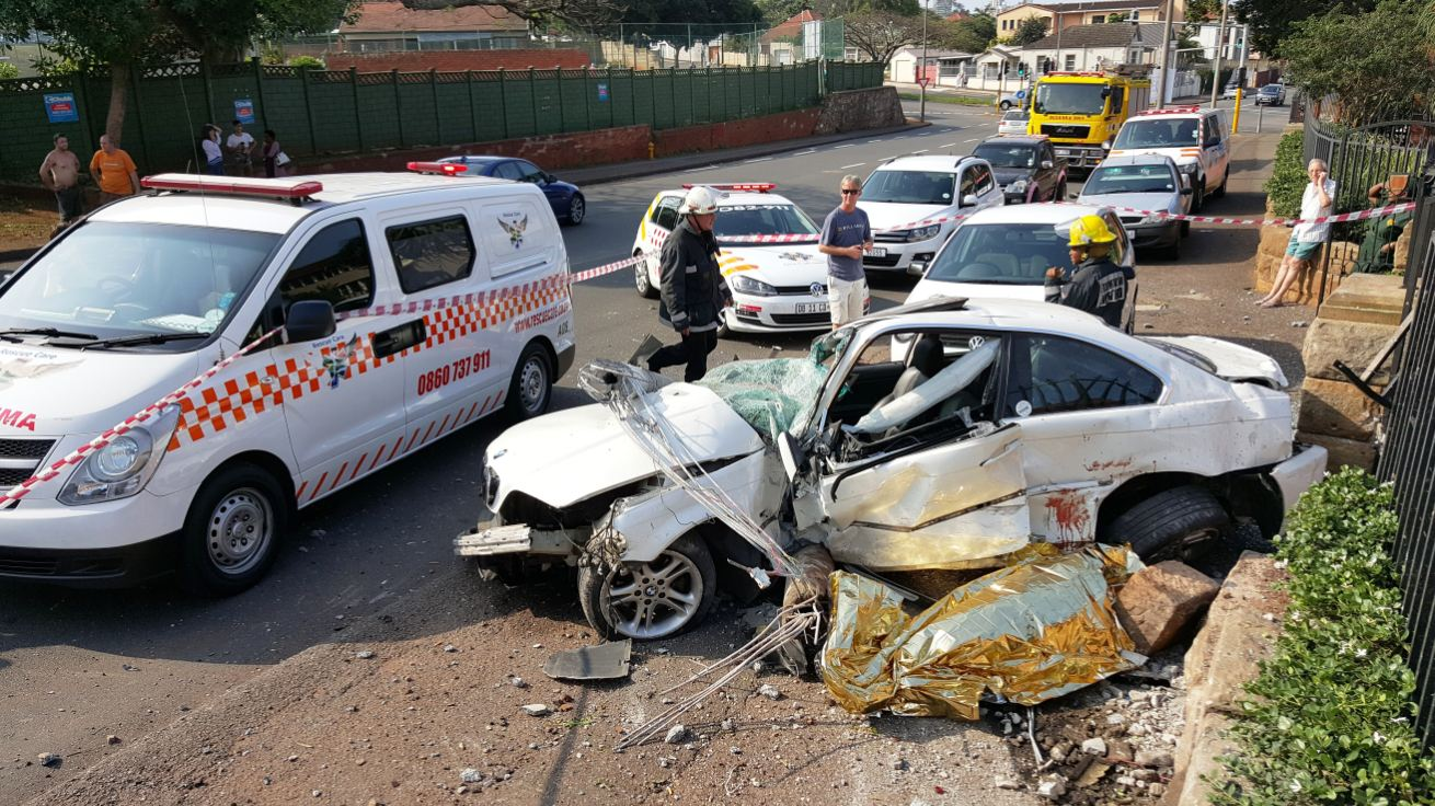 Man killed in crash into light-pole in Durban